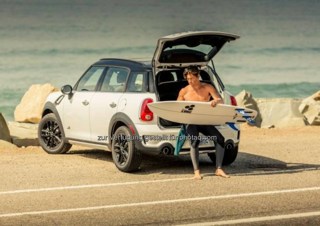 """""""The Mini"""" – das weltweit erste Mini Surfboard. Eine Kooperation mit der legendären Surfboardschmiede Channel Islands., © Aussendung (16.04.2015)"""