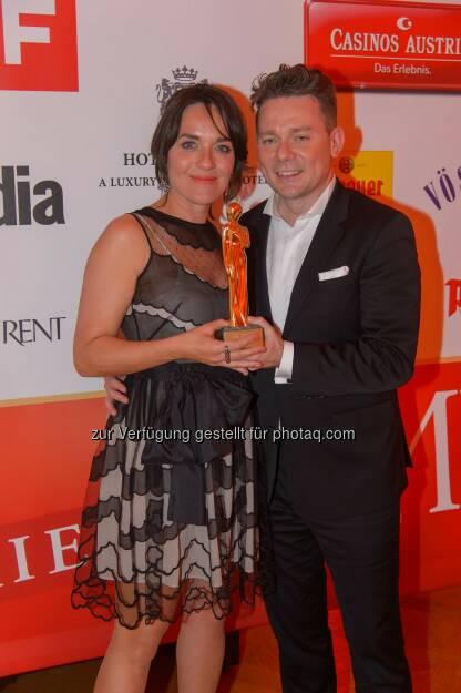 Eva Pölzl und Marcin Kotlowski: WH Medien GmbH: Romy trifft Eva - ÖsterreichBlick mit dem Romy Akademiepreis ausgezeichnet, © Aussendung (24.04.2015)
