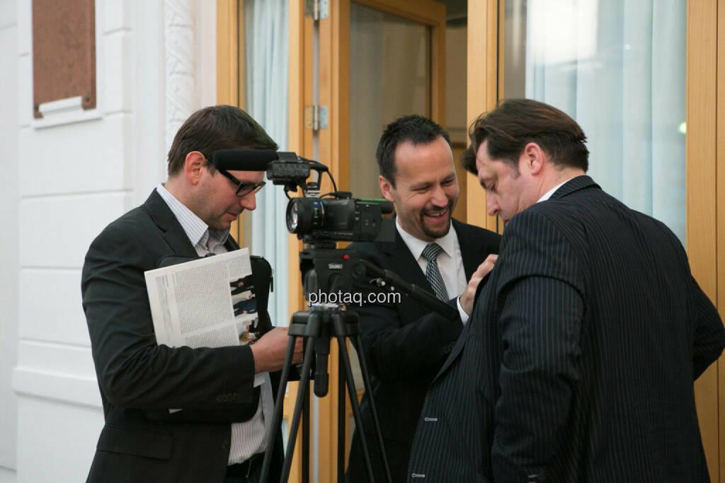 Joe Brunner (Portfolio Invest Anlageberatung), Jochen Staiger (Swiss Resource Capital), © photaq/Martina Draper (27.04.2015)