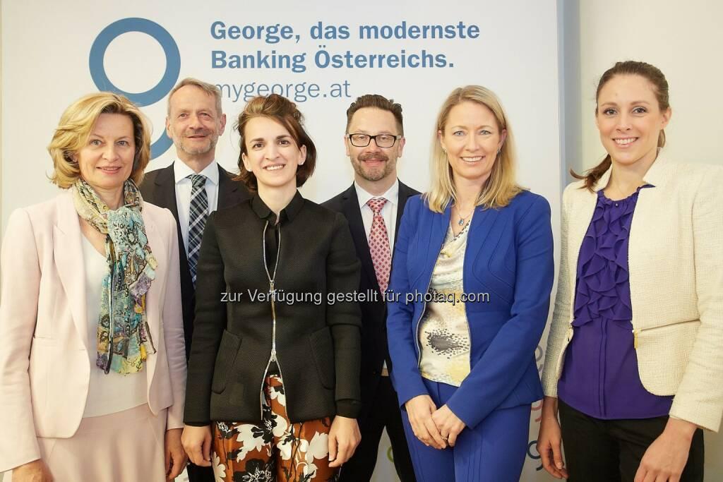 Renate Pretscher (Verbund AG), Manfred Wondrak, (factor-D Diversity Consulting GmbH), Sanela Terko (BDO Austria AG), Christian Jänsch (ORF-Zeit im Bild, Moderation), Vera Budway-Strobach, (Erste Group Bank AG) und Irene Jakobi (Telekom Austria AG): Erste Group Bank AG: Studie: Diversity Management (DiM) & Corporate Social Responsibility (CSR) in ATX-Unternehmen - 2015, © Aussender (06.05.2015)