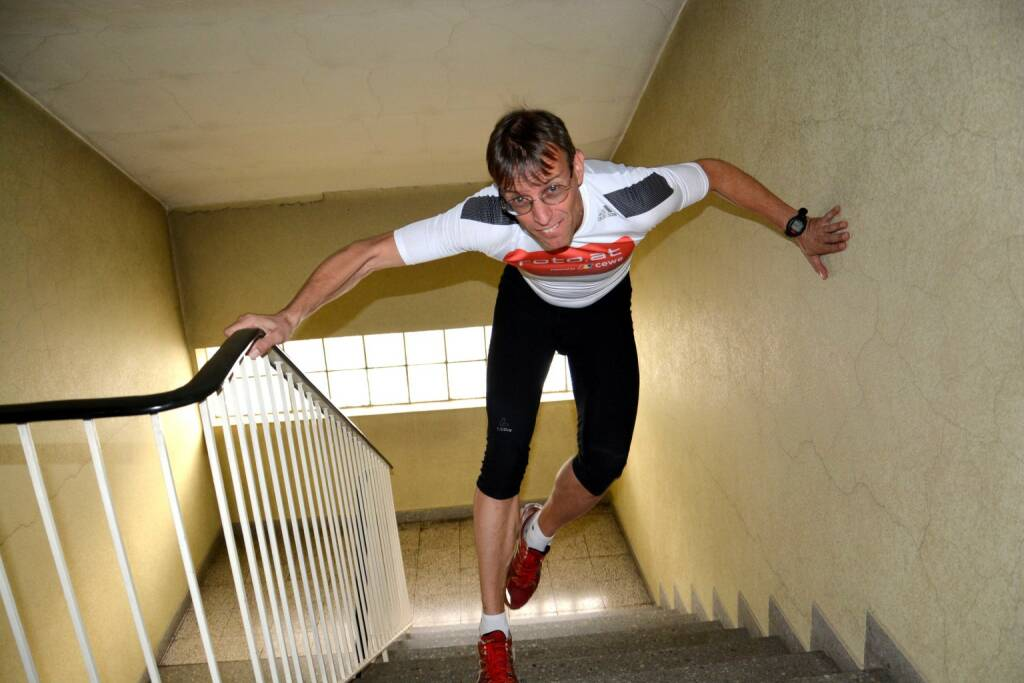 """Rolf Majcen: """"Ein Traum wird wahr!"""" Treppenlauf im One World Trade Centre in Manhatten. """"Ich freue mich sehr, dass es sich noch in meiner aktiven Karriere ausgeht, einen Wettkampf in diesem beeindruckenden und geschichtsträchtigen Wolkenkratzer zu bestreiten"""", freut sich Rolf Majcen, der die letzten Trainingsvorbereitungen im Wiener Donauturm absolvierte. Das One World Trade Centre ist seit Erreichen der Endhöhe im November 2014 das höchste Gebäude der USA., © Aussendung (08.05.2015)"""