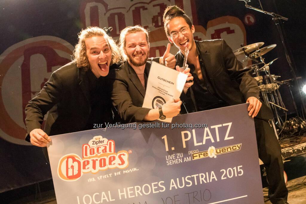 Banana Joe Trio gewinnt als Siegerband mit Zipfer Auftritt am FM4 Frequency: Brau Union Österreich AG: Local Heroes 2015, © Aussender (18.05.2015)