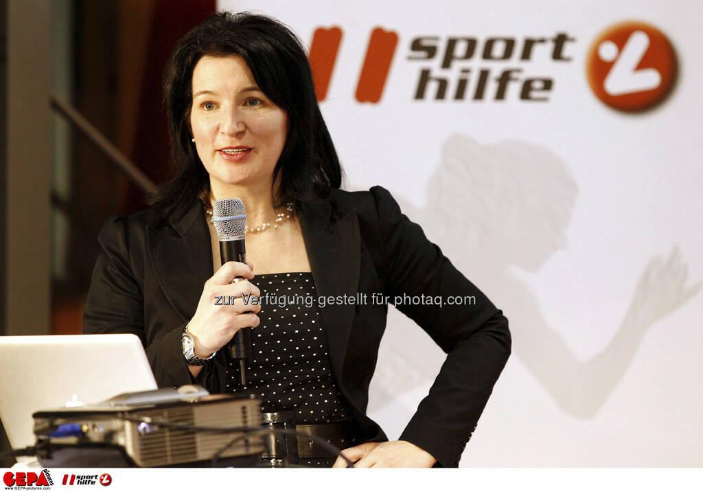 Anna Kleissner (Stv. Geschaeftsfuehrerin von SportsEconAustria). Foto: GEPA pictures/ Mathias Mandl, © GEPA/Sporthilfe (28.02.2013)