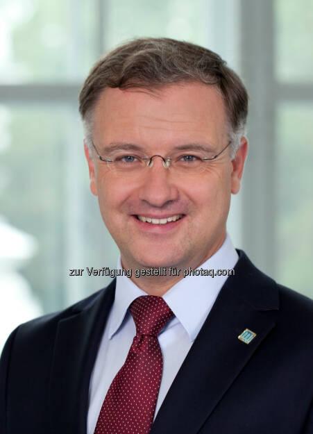 Markus Müller zum neuen Rektor der MedUni Wien gewählt, © Aussender (27.05.2015)