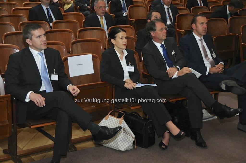 Andrew-K. Morgan (Deutsche Bank), Bettina Schragl (Börse Express), Hans Tschuden (Telekom Austria), Werner Hoffmann (Contrast Management) (15.12.2012)