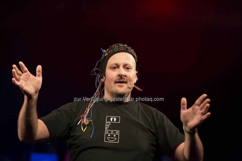 Neurotechniker Reinhold Scherer: Arge Wissenschaftskommunikation: Reinhold Scherer (TU Graz) gewinnt das Science Slam Österreich-Finale, Credit: Arge Wissenschaftskomunikation, © Aussender (01.06.2015)