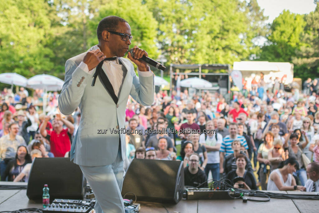 LayZee aka. Mr. President rockte beim Radio Arabella-Parkfest, (C) Flo Moshammer / www.goodlifecrew.at / Radio Arabella, © Aussender (01.06.2015)