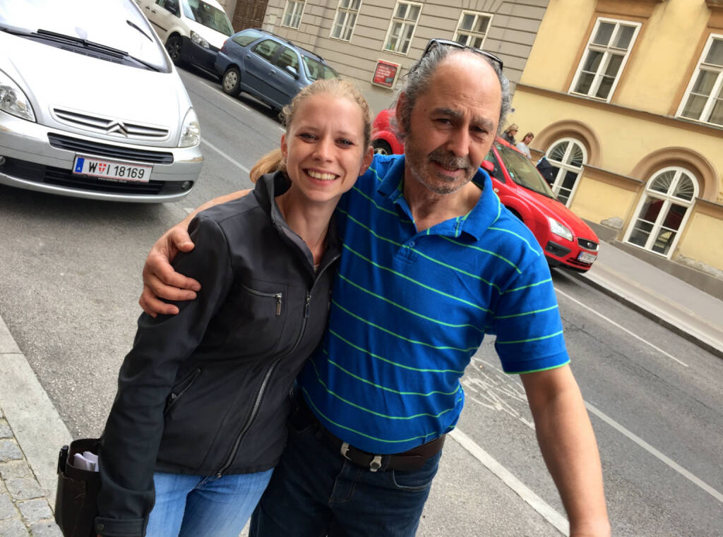 Vis-a-Wirt(in): Lisa-Marie Köhler (Motiwirtin), Hakim Hadi (Pizzeria Valentino) (17.06.2015)