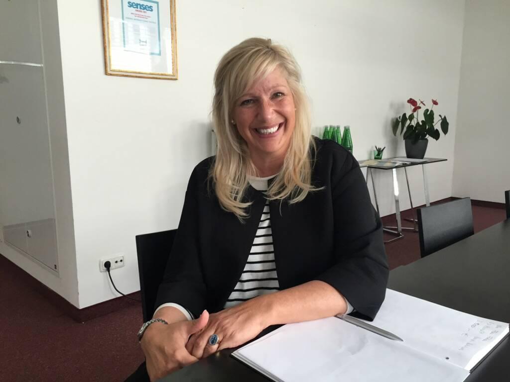 Mit Betina Welter vi-hotels.com im witzigen Brainstorming über Hotels und Laufen (25.06.2015)