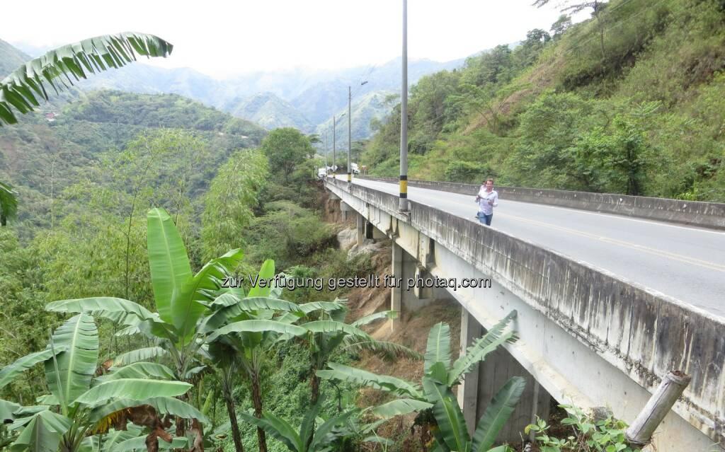 Strabag erhält 900 Mio. Euro-Konzessionsprojekt in Kolumbien - Bestehende Brücke auf der zu modernisierenden Strecke, © Aussendung (07.07.2015)