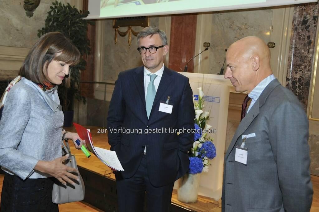 Birgit Kuras (Wiener Börse), Robert Ottel (voestalpine/Aktienforum), Kurt Pribil (FMA) (15.12.2012)