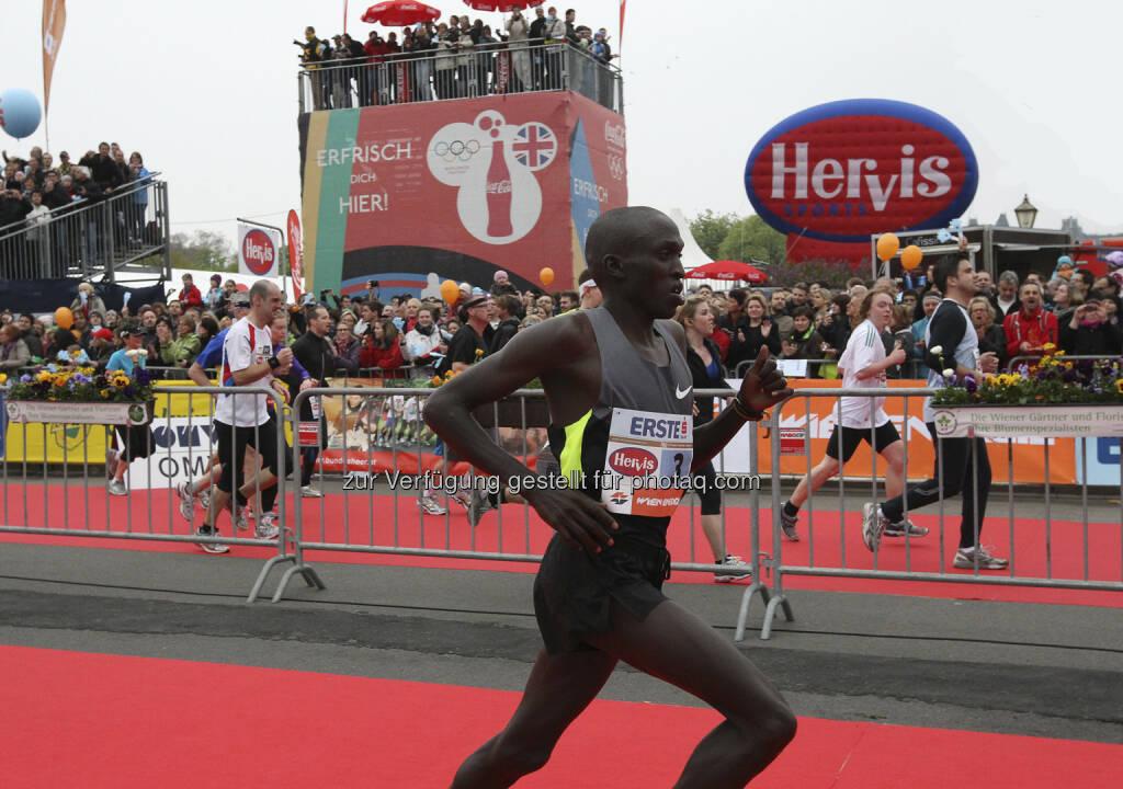 VCM: Gilbert Yegon kommt mit der Bestzeit von 2:06:18 Stunden nach Wien. Der 25-jährige Kenianer lief im Vorjahr hinter Sugut in 2:07:38 Stunden auf den zweiten Platz (c) Wagner (12.03.2013)