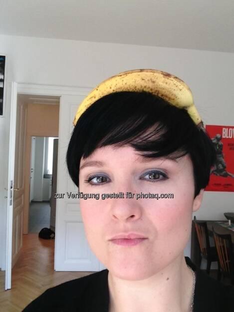Eva Brunner, fm4, für Frisurentrend Business Typ - Bananing (13.03.2013)