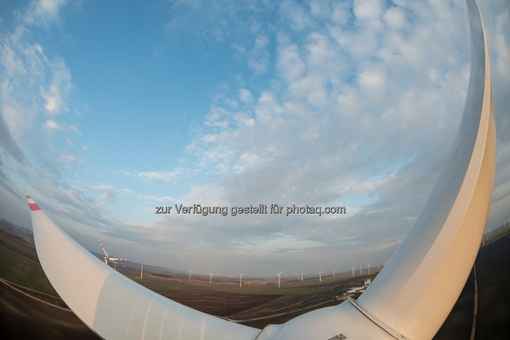 WEB Windenergie AG: W.E.B – Halbjahresergebnis : Die Inbetriebnahme von neuen Kraftwerken und sehr gute Windverhältnisse zu Jahresbeginn bescherten der W.E.B ein erfreuliches Zwischenergebnis :  © eric kruegl, © Aussendung (13.08.2015)