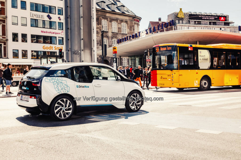 Vierhundert BMW i3 für vernetzte Mobilität in Kopenhagen. BMW i unterstützt die Verbesserung der Lebensqualität in Städten; Elektrisches Carsharing als Schlüsselkomponente; DriveNow mit dem BMW i3 in Kürze auch in Kopenhagen, direkt vernetzt mit dem öpnv:  © BMW Group, © Aussendung (13.08.2015)