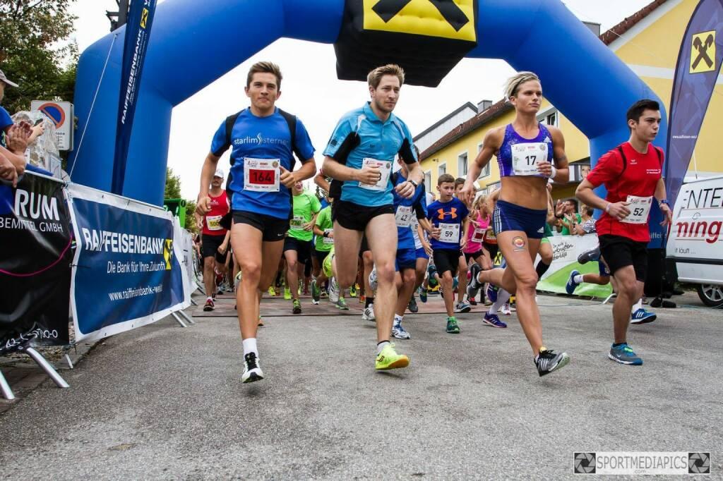 Marchtrenker Stadtgrandprix, Start mit Elisabeth Niedereder, Tristyle Runplugged Runners (15.08.2015)