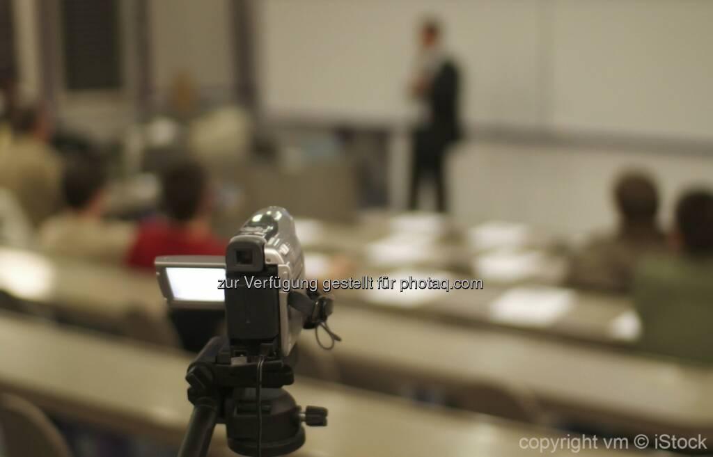 Konferenztag 08. September 2015 : Moocs and beyond in Berlin im Rahmen der Themenwoche the digital turn : Moocs in Deutschland - Eindrücke und Ergebnisse eines Experimentes : Der Konferenztag beschäftigt sich mit dem offenen Lehrformat der Massive Open online Courses (moocs) und der besonderen Bedeutung von moocs für die Weiterentwicklung des deutschen Hochschulsystems : Quelle: obs/FH Lübeck/ vm © iStock, © Aussendung (17.08.2015)
