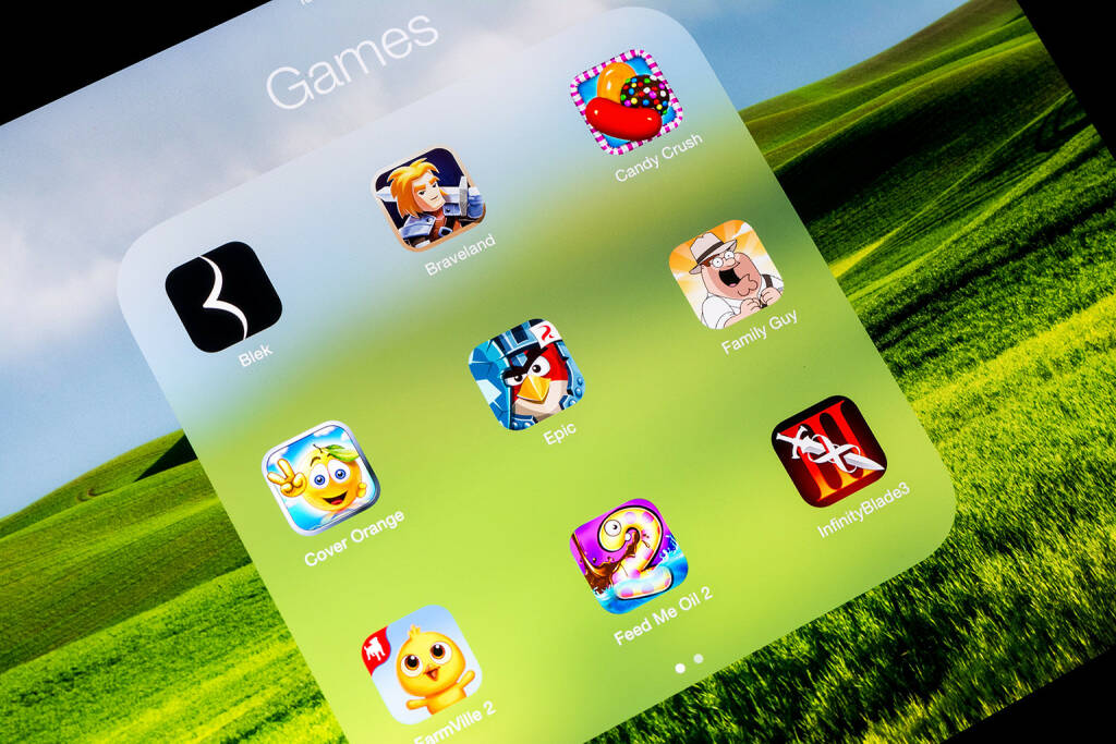 mobile Spiele, iOS, Android, Candy Crush, Icons, <a href=http://www.shutterstock.com/gallery-1481615p1.html?cr=00&pl=edit-00>Radu Bercan</a> / <a href=http://www.shutterstock.com/editorial?cr=00&pl=edit-00>Shutterstock.com</a>, © www.shutterstock.com (18.08.2015)