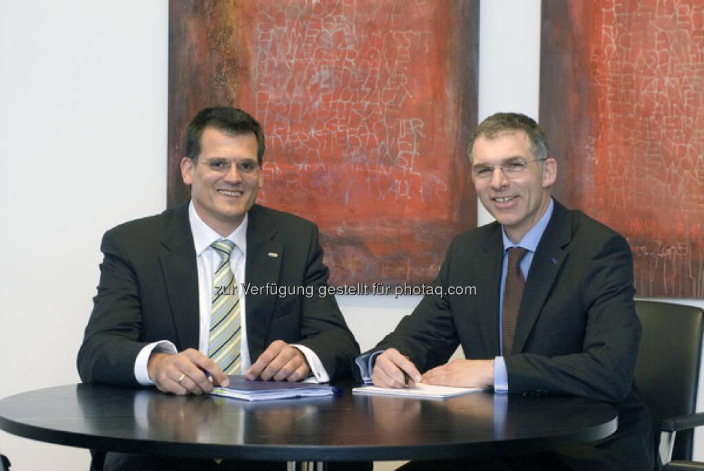 LEG-Vorstand Eckhard Schultz (links) und Thomas Hegel (17.03.2013)