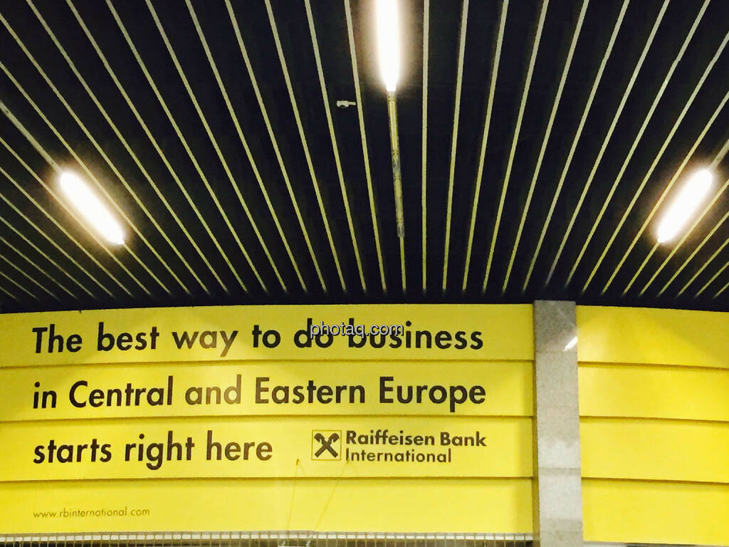 The best way to do business in Central and Eastern Europ starts right here - RBI, Raiffeisen Bank International, CEE, © photaq.com (21.08.2015)