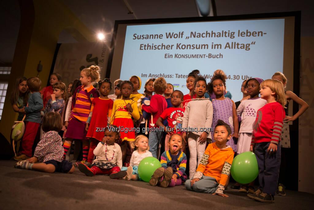 WearFair & mehr 2014, Kindermodenschau : WearFair & mehr 2015 : Die Messe für Mode und Lifestyle - fair, ökologisch, nachhaltig - findet Vom 18.-20. September 2015 in Linz zum achten Mal statt : © by sahlia, © Aussender (24.08.2015)