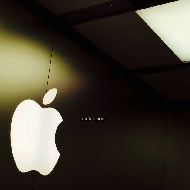 Apple Logo, © photaq.com (24.08.2015)