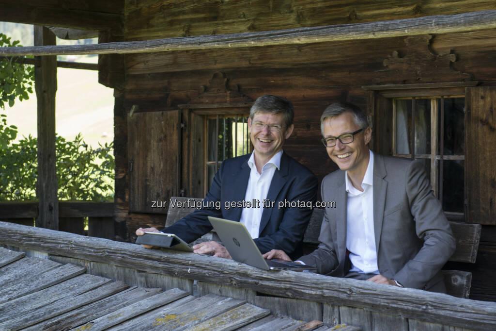 Rudolf Schreffl (3CCO), Jan Trionow (3CEO) : Drei nimmt größtes LTE-Netz Österreichs in Vollbetrieb : © Fotograf: Birgit Pichler/Fotocredit: Hutchison Drei Austria Gmbh/APA-Fotoservice/Pichler, © Aussender (26.08.2015)