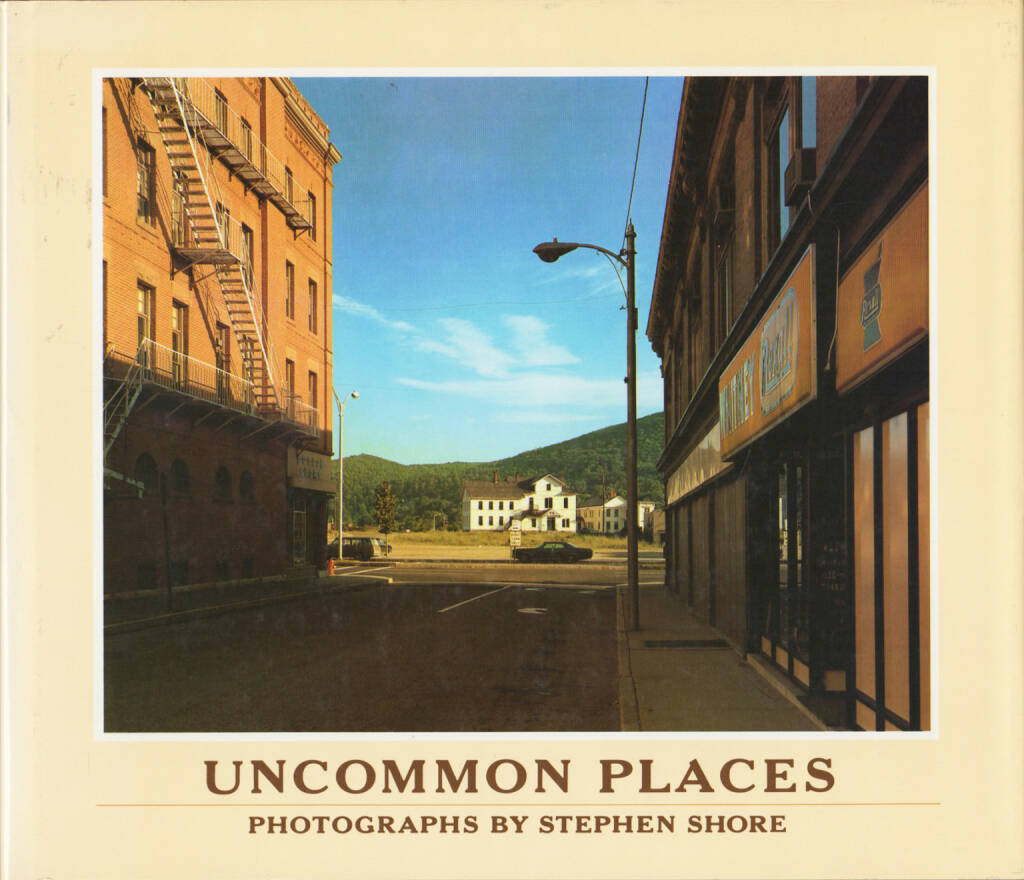 Stephen Shore - Uncommon Places, Aperture 1982, Cover - http://josefchladek.com/book/stephen_shore_-_uncommon_places, © (c) josefchladek.com (28.08.2015)