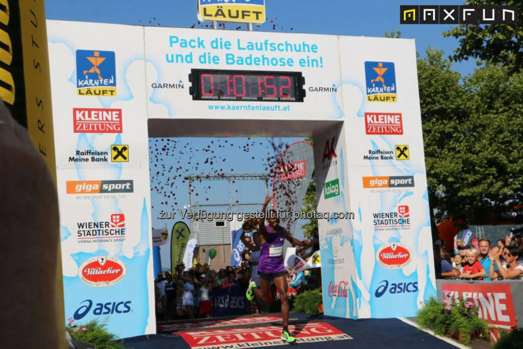 Kärnten läuft, Laban Korir (KEN), Sieger Halbmarathon, © MaxFun Sports (31.08.2015)