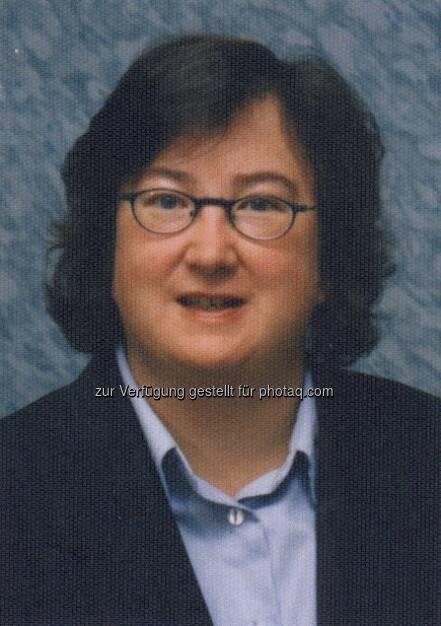 Stefanie Burgmaier, Chefredakteurin Börse Online (20. März) - finanzmarktfoto.at wünscht alles Gute!, © entweder mit freundlicher Genehmigung der Geburtstagskinder von Facebook oder von den jeweils offiziellen Websites  (20.03.2013)