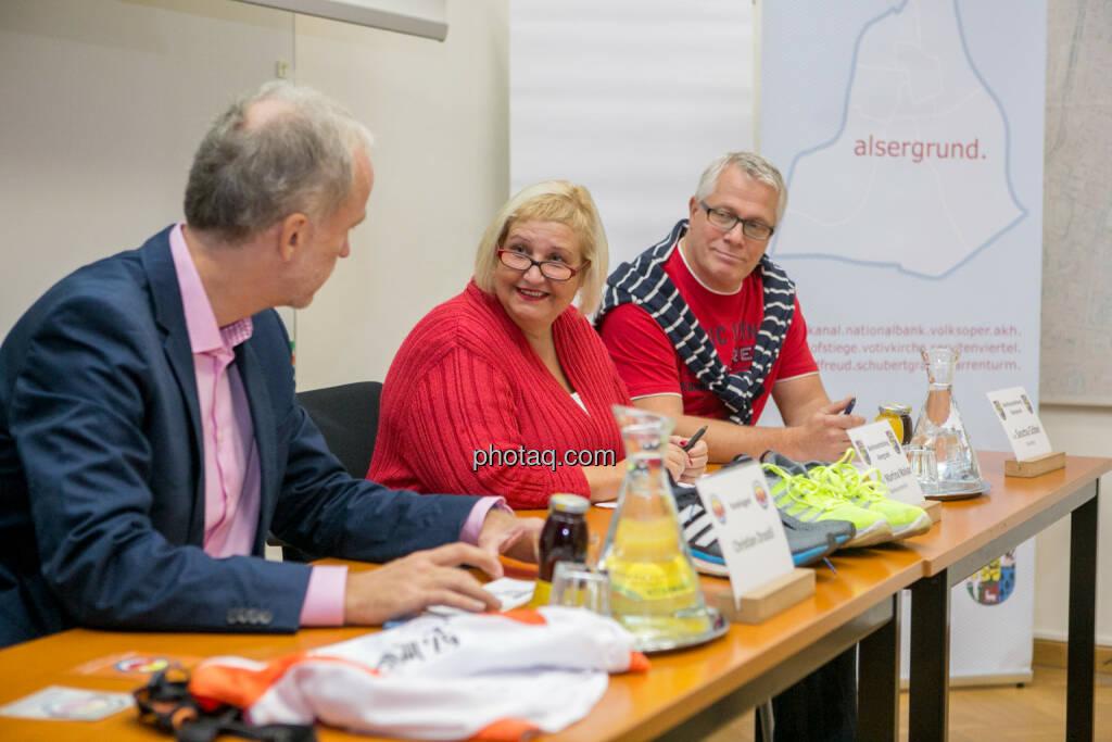 Christian Drastil, Martina Malyar (Bezirksvorsteherin Alsergrund), Sascha Göbel (Bezirksvorstehung Alsergrund), © photaq/Martina Draper (10.09.2015)