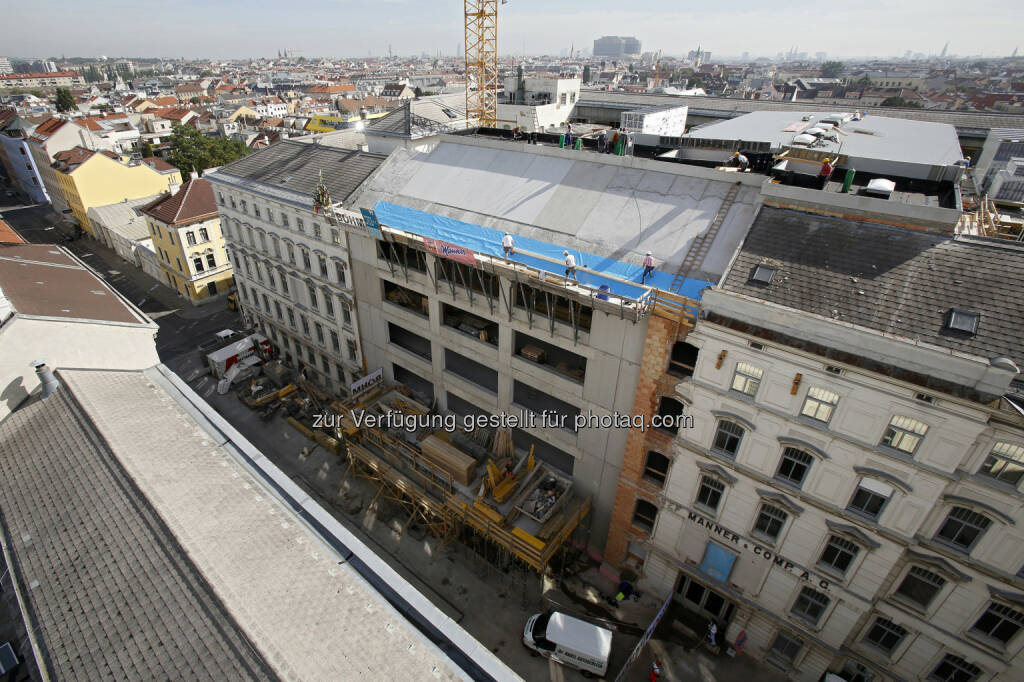 Josef Manner & Comp. AG: Manner Gleichenfeier des Produktionsgebäudes (Bild: :Manner/Noll), © Aussendung (17.09.2015)