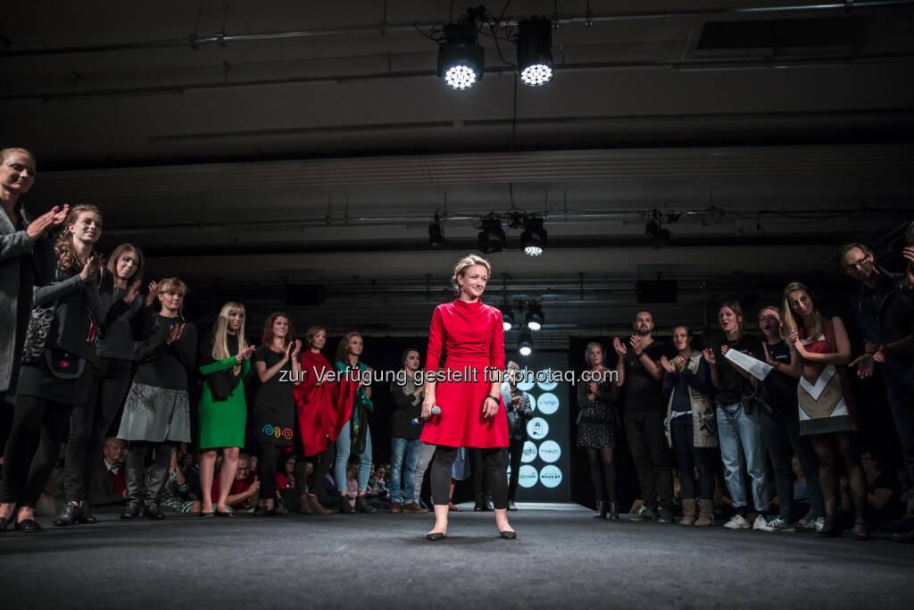 Maria Wimmer (GF WearFair & mehr) : Besucher-Rekord bei der WearFair & mehr 2015 in Linz : Fotograf: Christine Kienesberger/Fotocredit: © by sahlia, © Aussender (21.09.2015)
