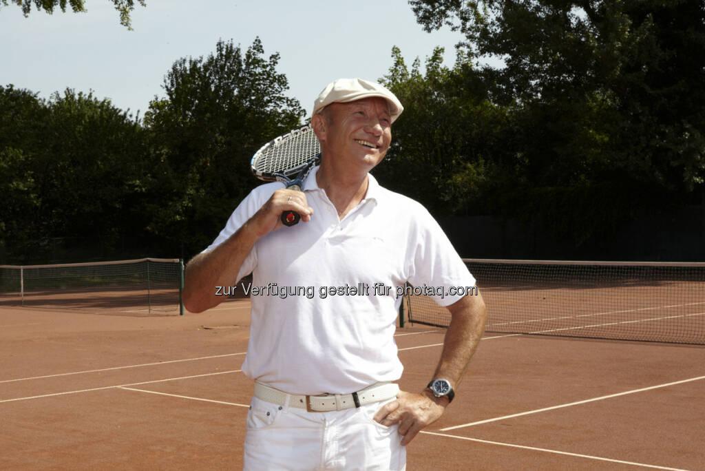 Louie Austen, Tennis - http://www.monkeymusic.at/louieausten_whatacomeback.php (c) Elsa Okazaki (21.03.2013)