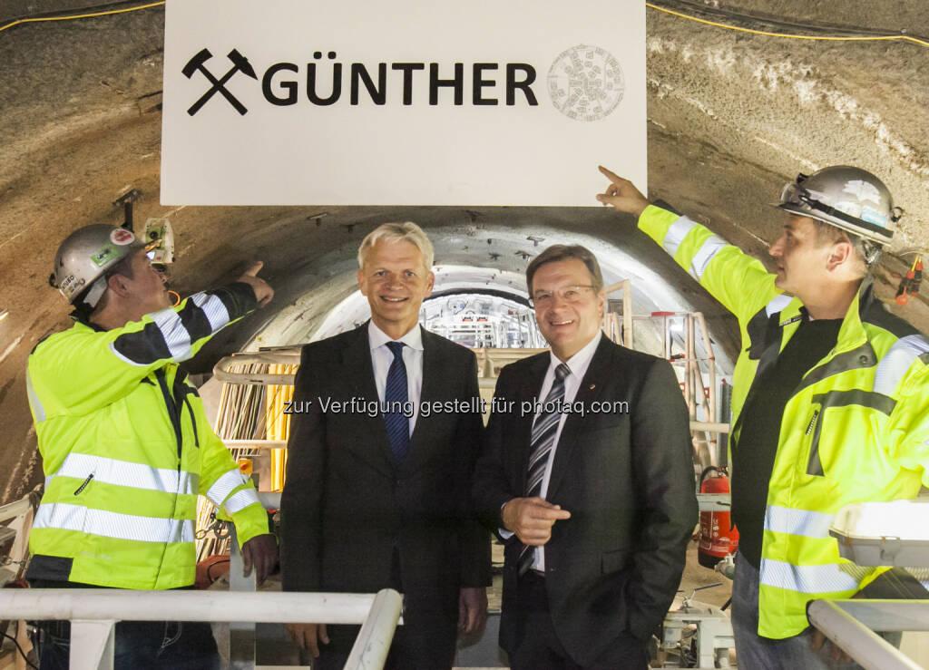 Franz Bauer (Vorstand ÖBB-Infrastruktur), Günther Platter (LH Tirol) : Andrehfeier Brenner Basistunnel :  Erste Tunnelbohrmaschine beim Brenner Basistunnel nimmt Fahrt auf : Fotocredit: BBT se/Die Fotografen, © Aussendung (27.09.2015)