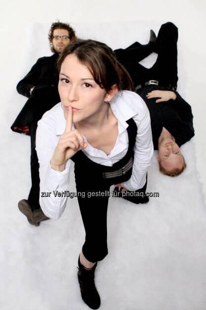 Marina Zettl, aus Graz stammende Sängerin http://www.youtube.com/watch?v=2oic1njkmAo&feature=share , Psst!   (22.03.2013)