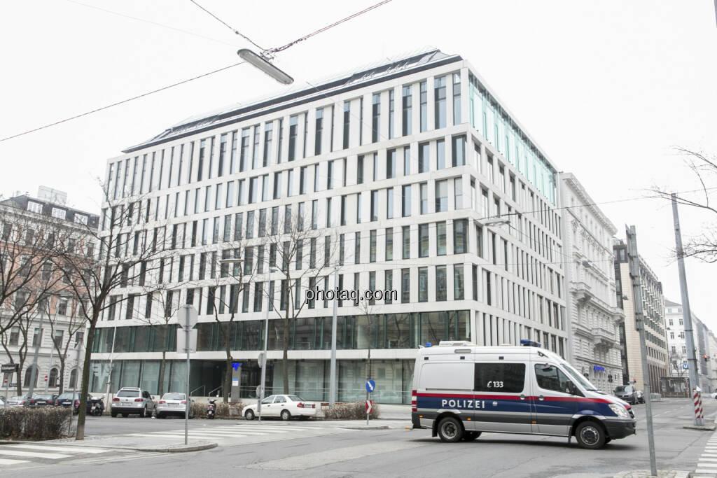 ÖVAG, Volksbanken, Polizei, © Martina Draper (21.02.2013)