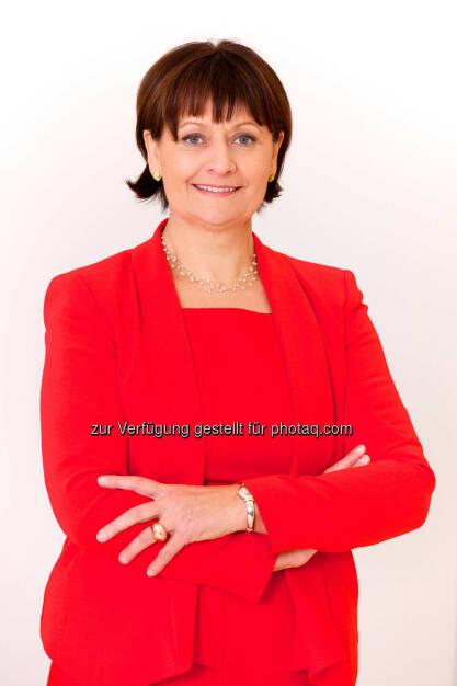 BKS Bank-Vorstandsvorsitzende Herta Stockbauer: Ratingagentur oekom research AG verlieh der BKS Bank den Prime-Status, (C) Gernot Gleiss, © Aussendung (06.10.2015)