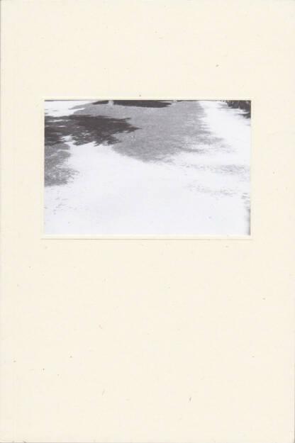 Raúl Hernández - Riverbed, BlackMountain Books 2015, Cover - http://josefchladek.com/book/raul_hernandez_-_riverbed, © (c) josefchladek.com (06.10.2015)