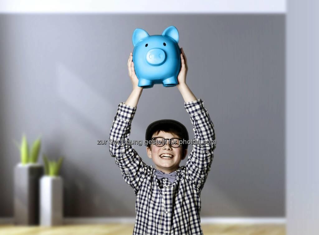 Die Marken-Architekten - Weltspartag: Wie Kinder richtig sparen lernen (Bild: Yuri Arcurs, Partner Bank AG), © Aussender (14.10.2015)