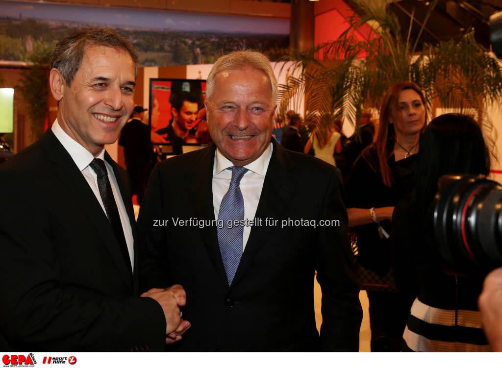 Marcel Koller, Leo Windtner : Photo: GEPA pictures/ Hans Oberlaender (30.10.2015)