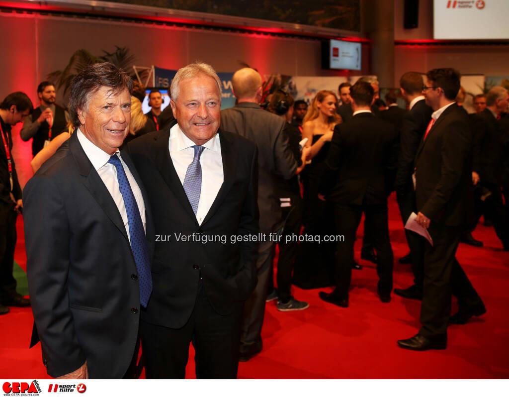 Peter Schröcksnadel, Leo Windtner (OEFB) : Photo: GEPA pictures/ Hans Oberlaender (30.10.2015)