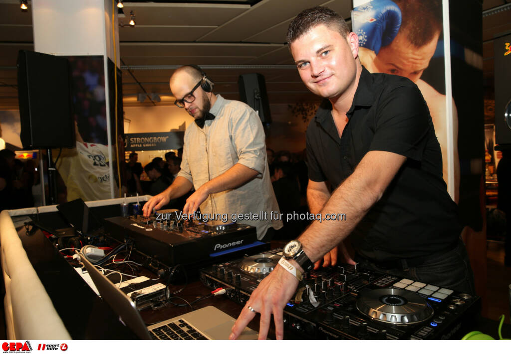 Die DJ's : Photo: GEPA pictures/ Walter Luger (30.10.2015)