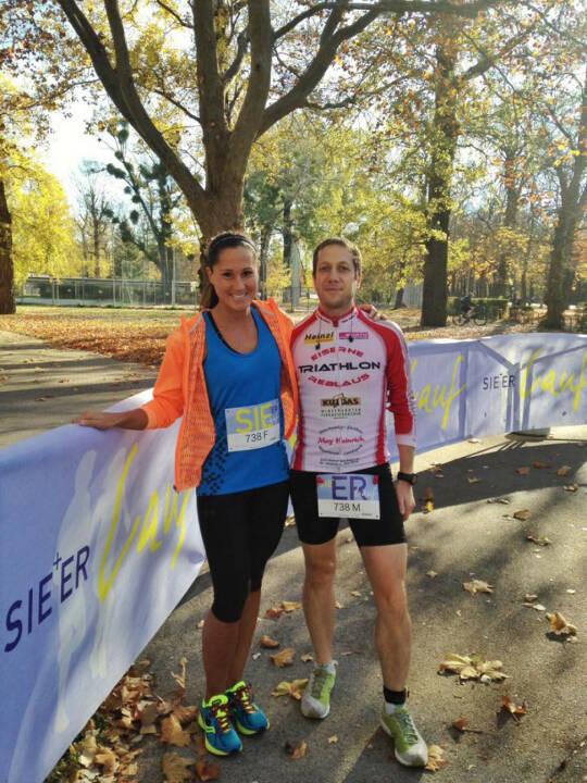 Monika Kalbacher, Mani Hofmann gewinnen beim Er & Sie Lauf den 2. Platz in der AK Befreundetes Paar