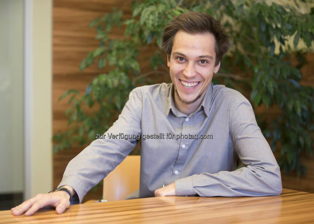 """Markus Mellmann (Candidate - Head of Marketing) : Heimisches Start up """"Candidate"""" mischt die Dating App-Szene auf : Anonymes Kennenlernspiel abseits von Oberflächlichkeit : Anders als herkömmliche Plattformen entscheidet zunächst nicht das äußere Erscheinungsbild, sondern Witz und Eloquenz : Fotocredit: Andreas Firnhammer, © Aussender (11.11.2015)"""