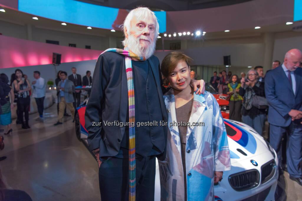 John Baldessari, Cao Fei, Guggenheim Museum, New York : Die neuen BMW Art Car Künstler : Beide Künstler werden im nächsten Jahr einen BMW M6 GT3 gestalten, der 2017 museal präsentiert wird und sich ebenfalls auf der Rennstrecke bewähren muss.© BMW Group, © Aussendung (20.11.2015)
