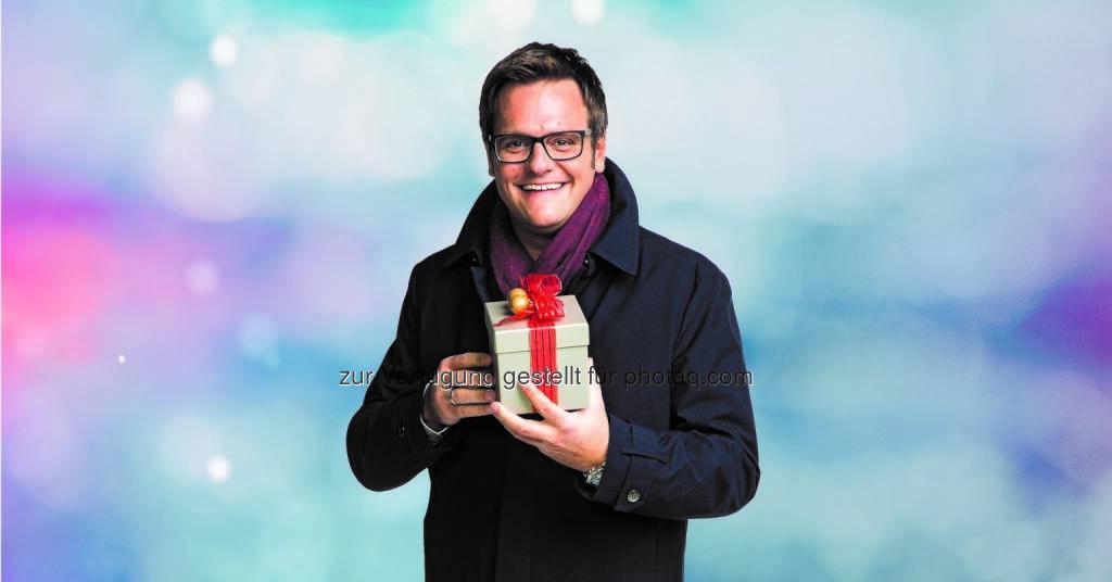 """Robert F. Hartlauer : Hartlauer Schneewette 2015 : """"Wenn's am Heiligen Abend schneit … gibt's mit etwas Glück den Kaufpreis zurück!"""" : Die beliebte und breitenwirksame Schneewette kehrt wieder zurück : Fotocredit: Hartlauer HandelsgesmbH, © Aussender (24.11.2015)"""
