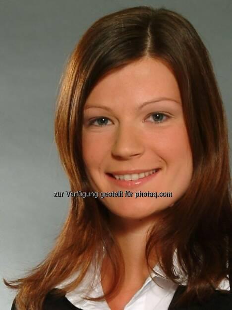 Sabine Oschabnig, Volksbank / dzt. Karenz (28. März) - finanzmarktfoto.at wünscht alles Gute!, © entweder mit freundlicher Genehmigung der Geburtstagskinder von Facebook oder von den jeweils offiziellen Websites  (28.03.2013)