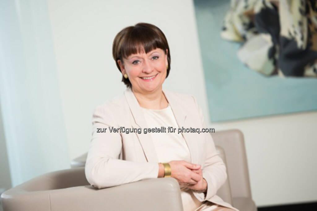 Herta Stockbauer, Vorstand BKS Bank: Die börsennotierte Kärntner Bank weist im dritten Quartal einen Periodenüberschuss von 44,0 Mio. EUR aus, die Bilanzsumme steigt auf knapp 7 Mrd. EUR, © Aussender (27.11.2015)