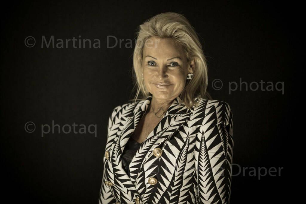 Karin Reisinger (Reisinger & Kornprat) http://photaq.com/series, © Martina Draper/photaq (27.11.2015)